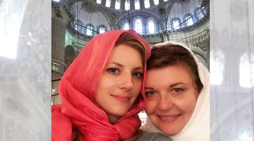 Vikings dizisinin yıldızı Katheryn Winnick, İstanbul'u ziyaret etti