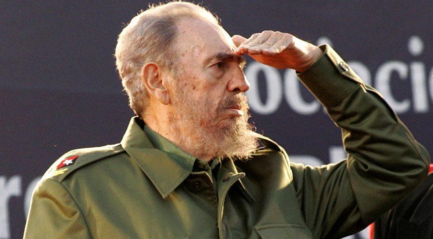 Son dakika... Fidel Castro hayatını kaybetti