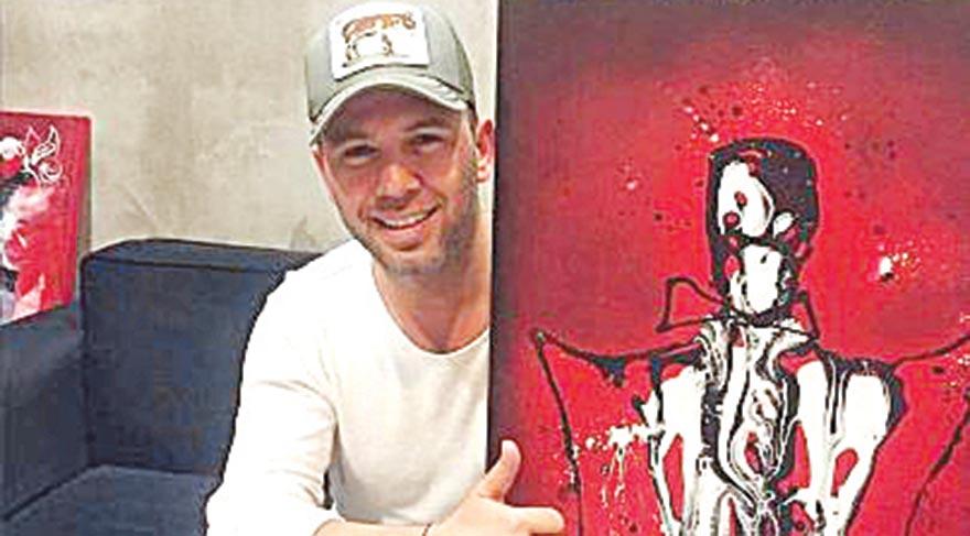 Popçu Berksan 'Azazil' adlı tabloyu satın aldı.