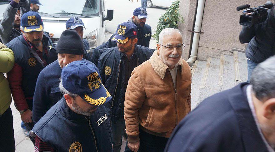 AKP eski Milletvekili İlhan İşbilen, FETÖ elebaşı Fetullah Gülen'le nasıl tanıştığını anlattı.