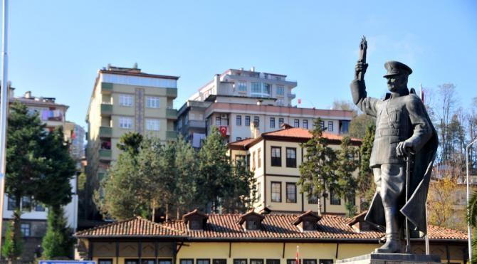 Rize'de Atatürk Anıtı kaldırılacak, yerine şehitler anıtı konulacak