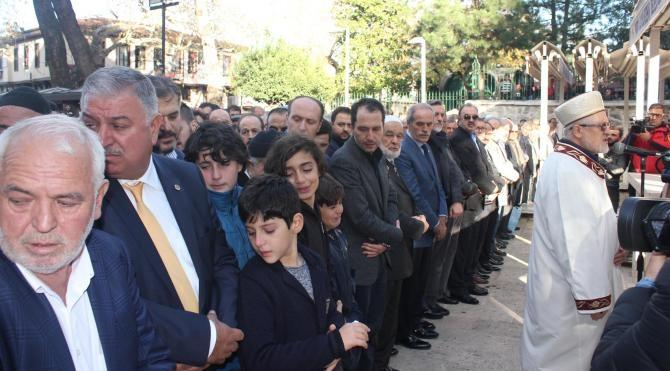 Erbakan'ın dünürü Necati Altınöz toprağa verildi