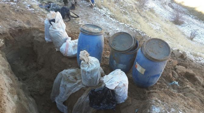 Erciş'te PKK'nın 7 sığınağında çok sayıda mühimmat bulundu
