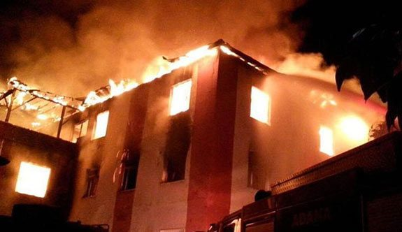 Adana Aladağ'da öğrenci yurdunda yangın faciası