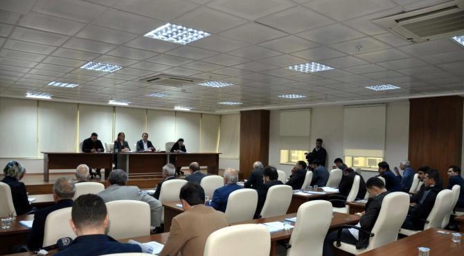 DBP'li Başkan Bakırhan, kayyum meclis üyesini toplantıya almadı