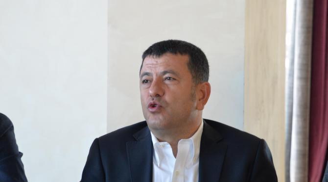 CHP'li Ağbaba: Kılıçdaroğlu'nu cezaevine atacak kafalara boyun eğmeyiz
