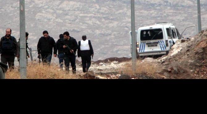 Şanlıurfa'da teröristler polis aracına saldırdı: 3 polis yaralı (2) yeniden