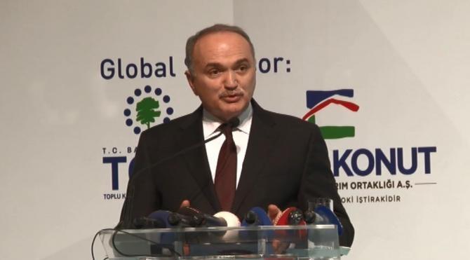 Bakan Özlü ' Teknoloji açığını kapatırsak Türkiye'nin dış ticaret açığı kapanacak'