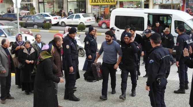 Çorum'da FETÖ operasyonunda 10 kişi tutuklandı