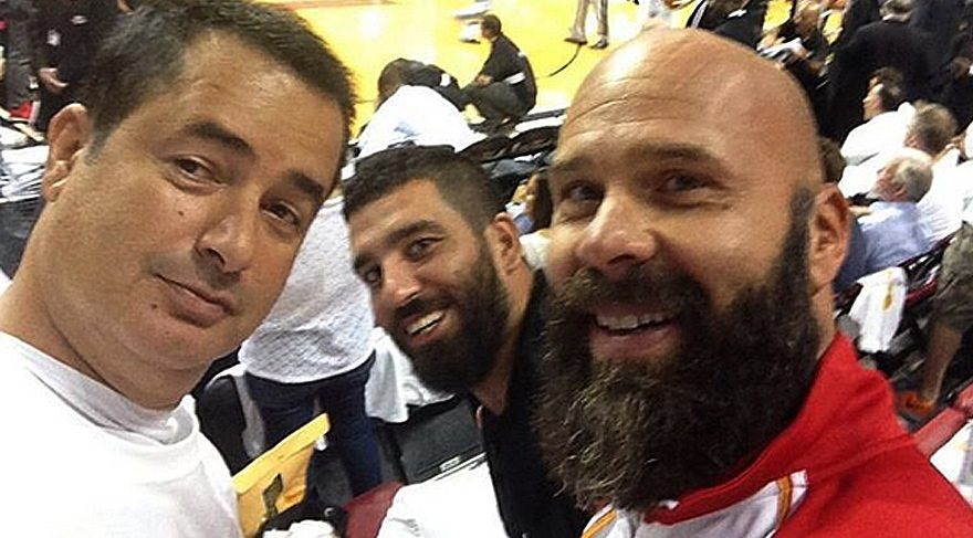 Arda Turan'dan Acun'lu selfie