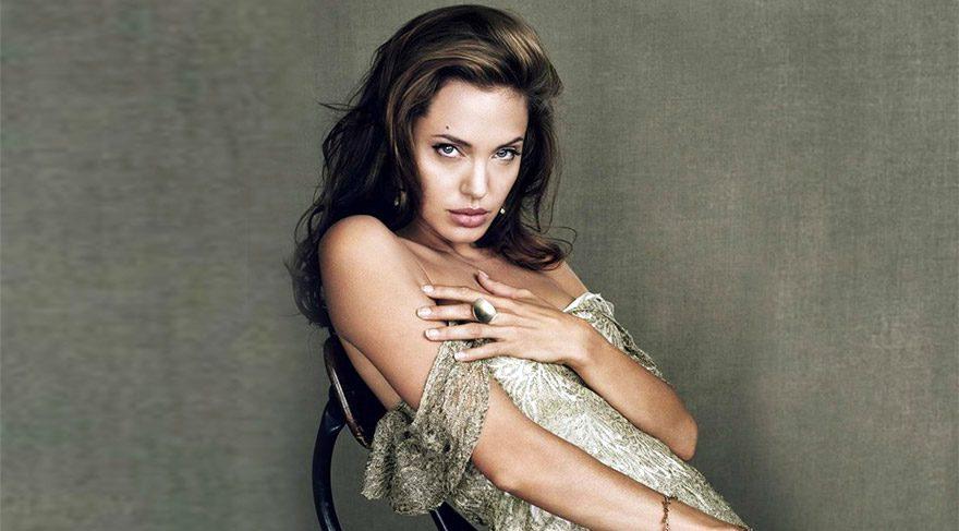Angelina Jolie 'sözünü tutmadı' iddiası