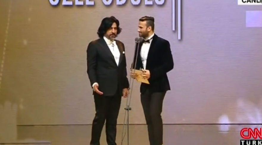 Altın Kelebek Ödülleri töreninde Banu Alkan krizi