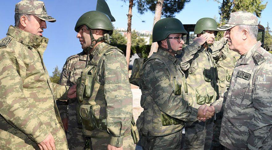 Genelkurmay Başkanı Akar Suriye sınırında incelemelerde bulundu
