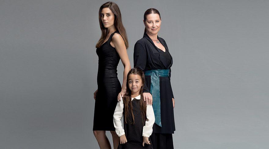 Cansu Dere ve Vahide Perçin'in başrollerinde oynadığı Anne dizisinin setinde kavga çıktı