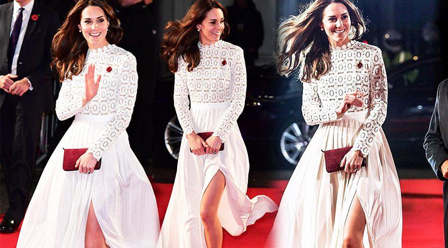 Cambridge Düşesi Kate Middleton, yırtmacıyla dikkat çekti