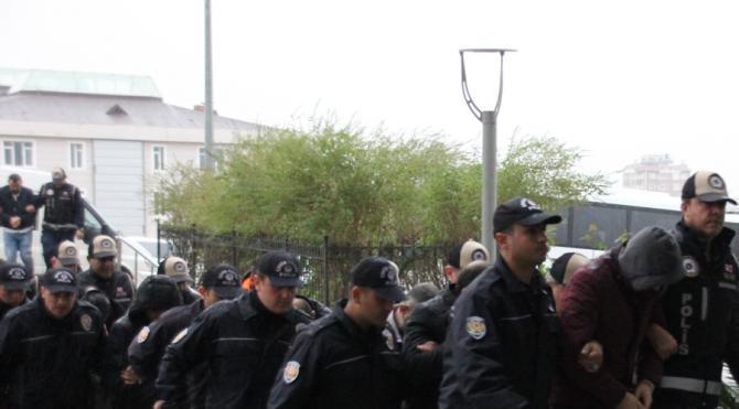 Hatay'da çete operasyonu: 22 gözaltı