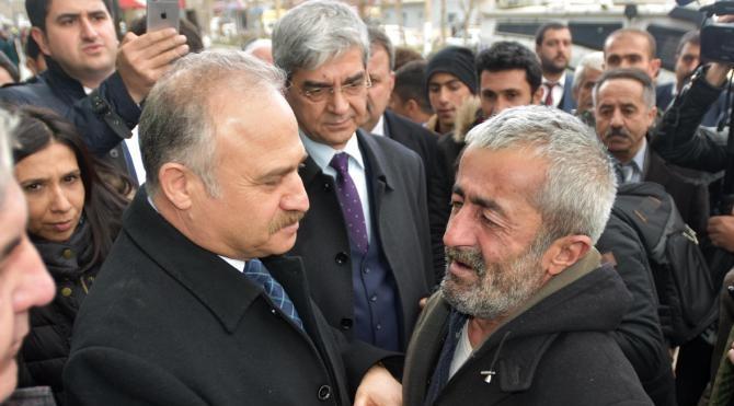 Yüksekovalılar CHP'lilerden barış istedi