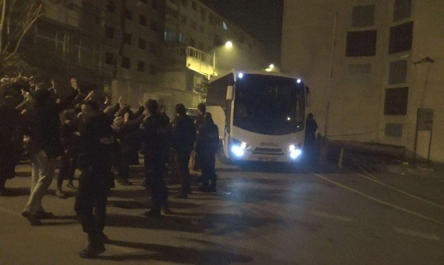 Bursa'da 12 kişi FETÖ'den tutuklandı