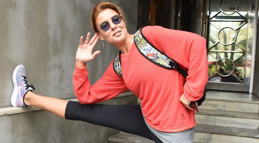 Gülben Ergen'den pilates çıkışı renkli görüntüler