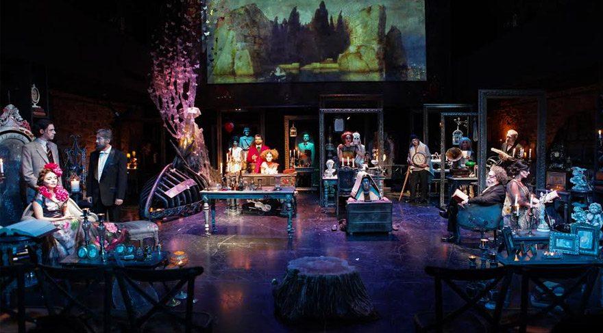 İstanbul Devlet Tiyatrosu yeni sezonu 'Huzur'la açıyor