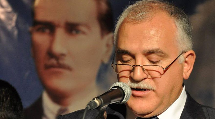 Vefa Lisesi'nin efsane tarih öğretmeni İsmail Aktaş