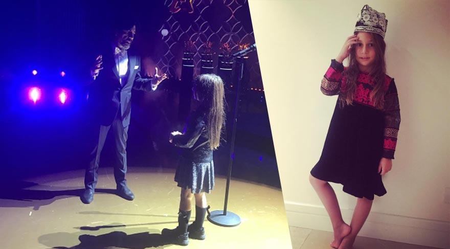 Okan Bayülgen'i sahneye kızı İstanbul davet etti