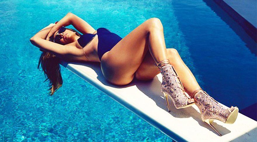 Jennifer Lopez'den iddialı fotoğraf çekimi