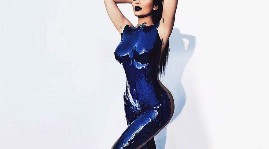 Kylie Jenner'dan sosyal medyayı sallayan fotoğraf