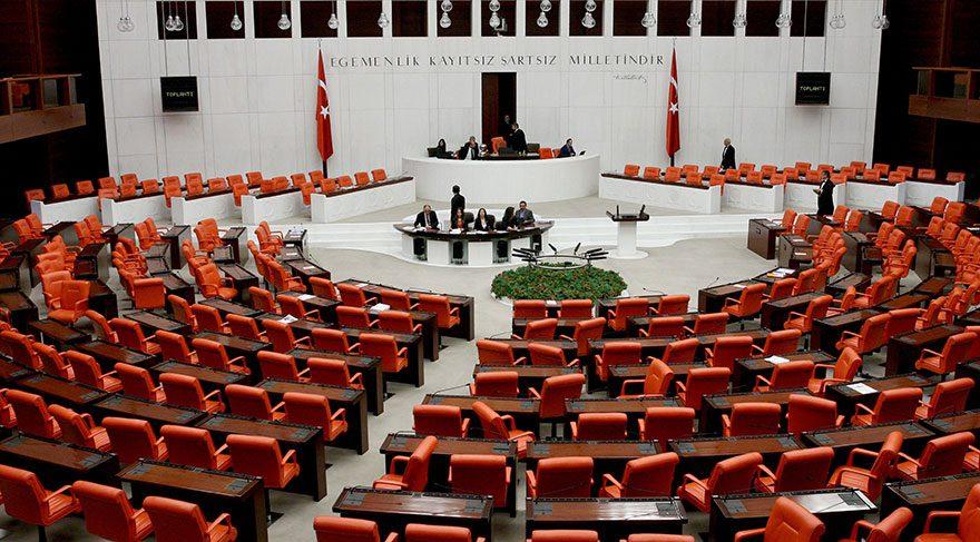 Akademisyen milletvekillerine 'ballı yasa' geliyor