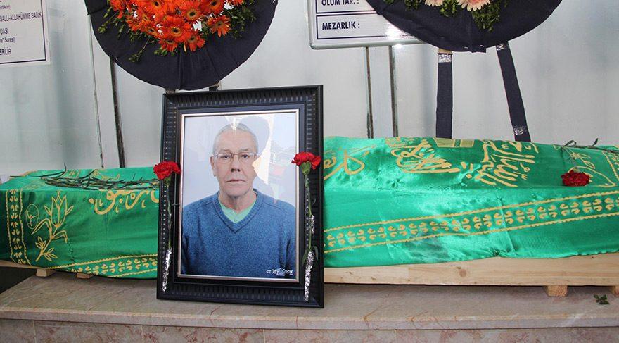 Ünlü sanatçı Münir Akça evinde geçirdiği kaza sonrası hayatını kaybetti