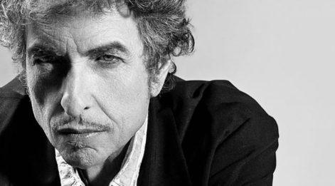 Bob Dylan Nobel kararını açıkladı! Törene katılacak mı?