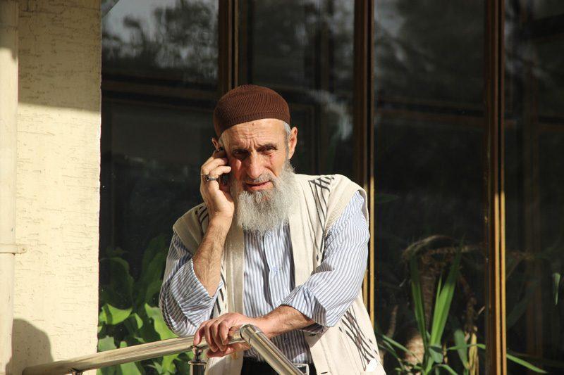 """FOTO:İHA - Şehit babası Asık Safitürk, """"Bu vatan için şehit oldu. Vatan sağolsun"""" dedi."""