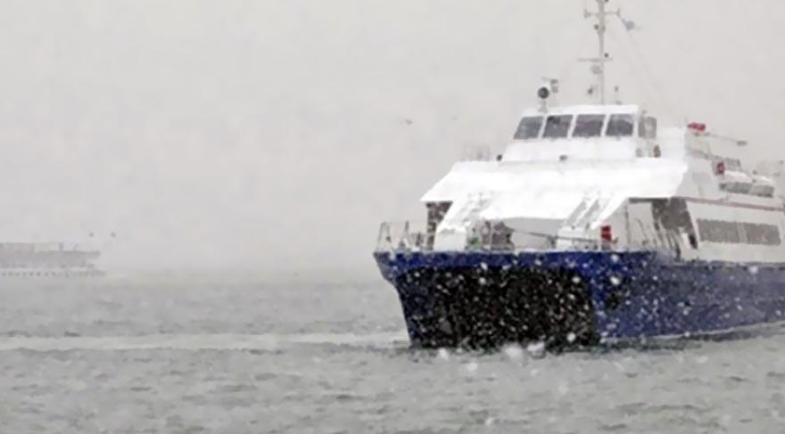 Son Dakika: İstanbul'a kar düştü! İDO-BUDO seferleri iptal