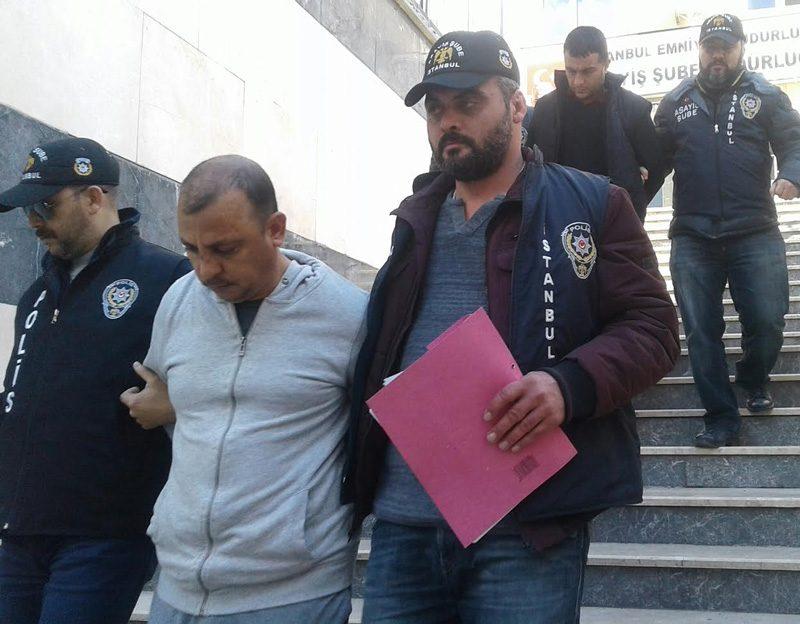 FOTO:SÖZCÜ - Gözaltına alınan şahıslar adliyeye sevk edildi.