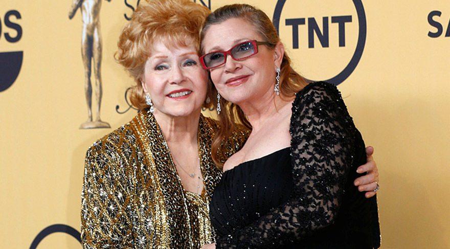 Ünlü oyuncu Debbie Reynolds, kızı Carrie Fisher'ın bir gün ardından hayatını kaybetti