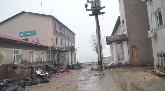 Şırnak'ta çatışmalarda hasar gören Ağız ve Diş Sağlığı Merkezi onarılıyor