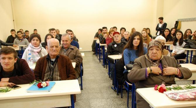 Huzurevi sakinleri üniversite sıralarında