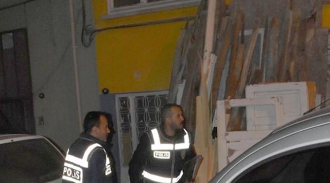 İzmir'de FETÖ operasyonu: 29 gözaltı