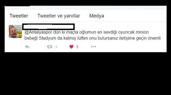 Antalyasporlu Eto'o'dan minik taraftarına oyuncak sürprizi