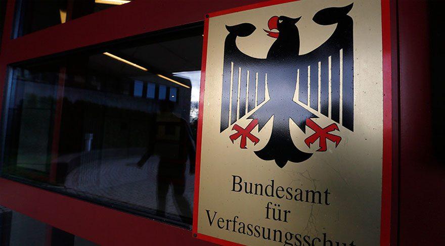 Almanya'da radikal gruplara bilgi sızdıran istihbarat ajanı porno aktörü çıktı