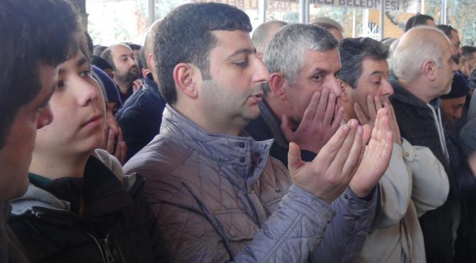 Cezaevinde ölen FETÖ tutuklusu işadamı toprağa verildi