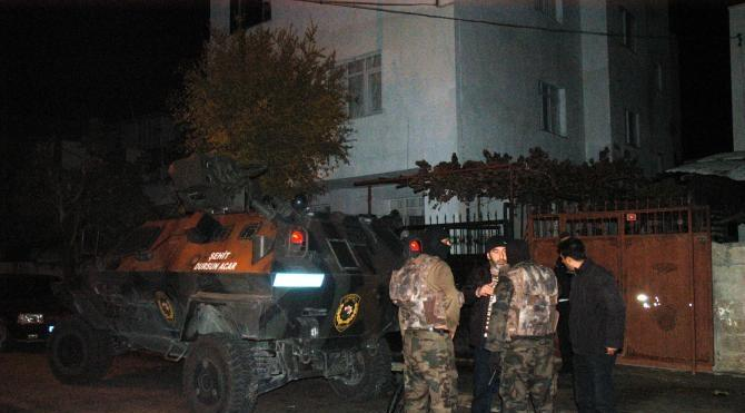 Ceyhan'da terör operasyonu: 21 gözaltı