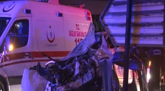 Bahçelievler'de trafik kazası: 2 ölü 2 yaralı (1)