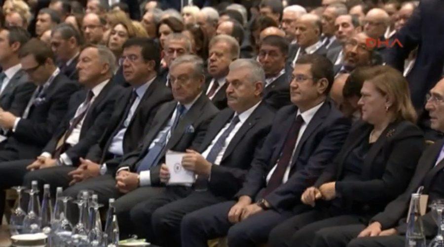 TOplantıya Başbakan Binali Yıldırım ile Başbakan Yardımcısı Nurettin Canikli de katıldı.