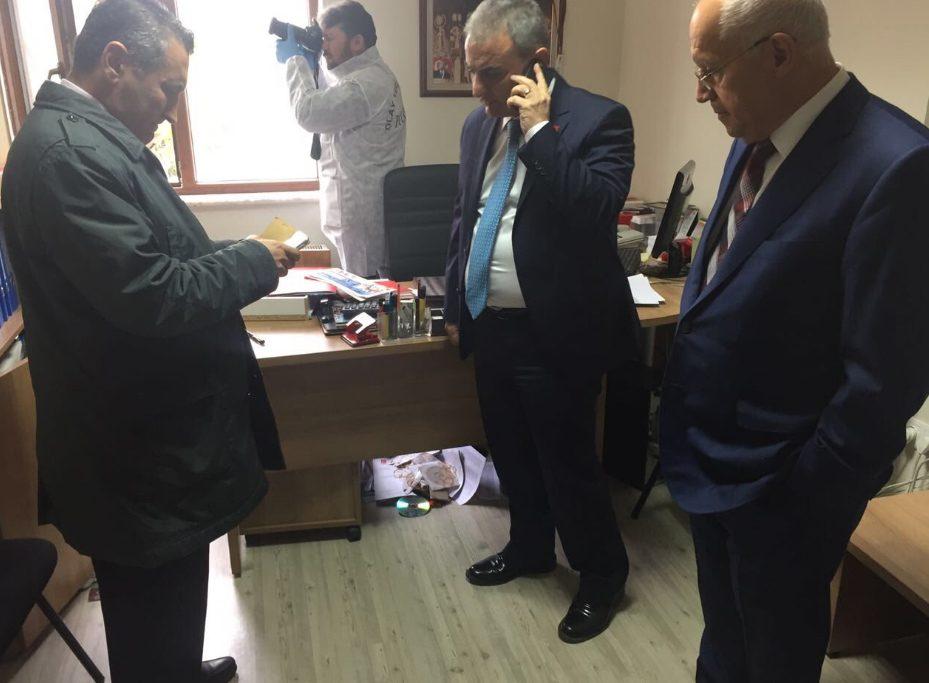 Fethi Yaşar fotoğrafları twitter hesabından paylaştı.