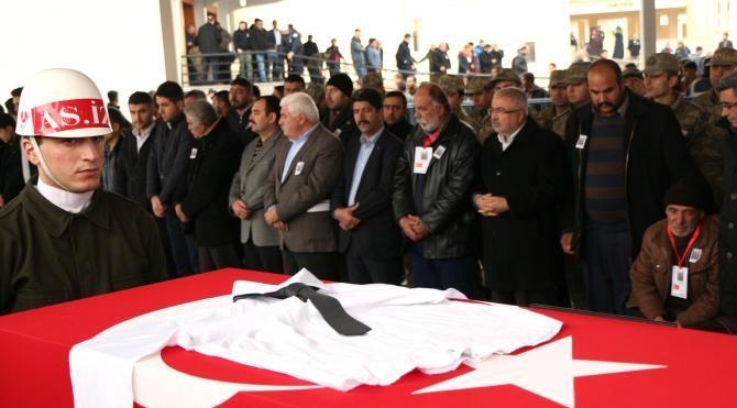 Çukurca şehidi Tomak, Gaziantep'te toprağa verildi