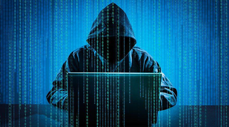 """Türk devlet adamlarını """"CopyKittens"""" hacklemiş"""