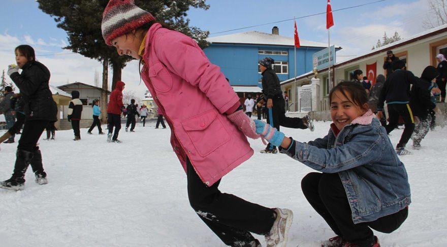 Ankara'da yarın okullar tatil! Ankara valiliğinden 30 Aralık için de kar tatili açıklaması!