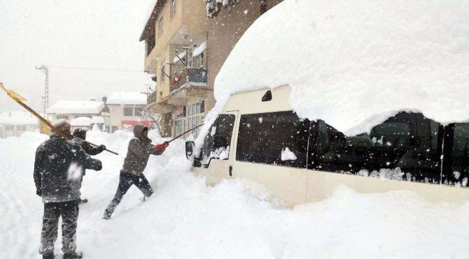 Tokat'ta 351 köy yolu ulaşıma kapandı