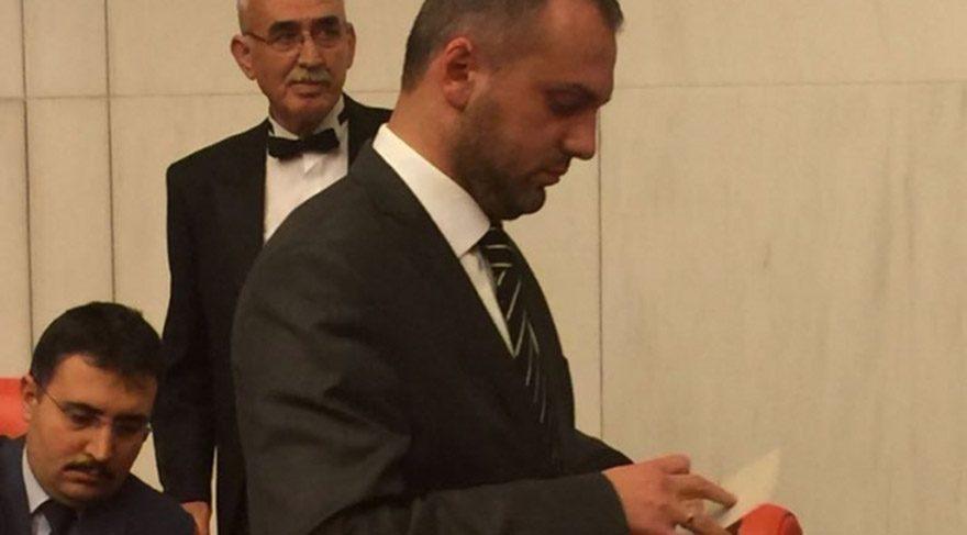 AKP'liler açık oy kullandı